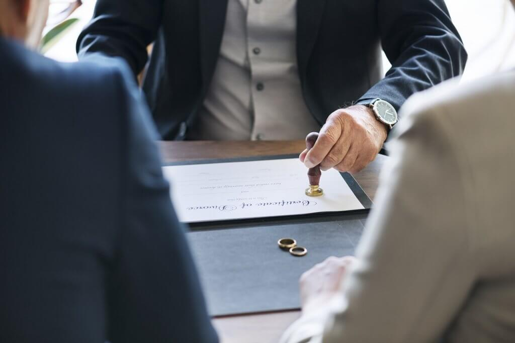 ¿Cuáles son las medidas provisionales relativas a los bienes en el divorcio y en la nulidad del matrimonio? 2